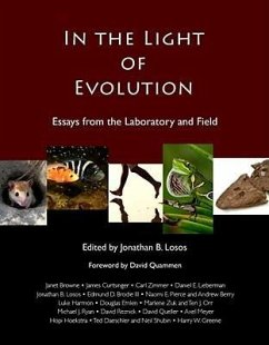In the Light of Evolution: Essays from the Laboratory and Field - Quammen, David Browne, Janet