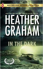 In the Dark / Person of Interest - Heather Graham, Debra Webb